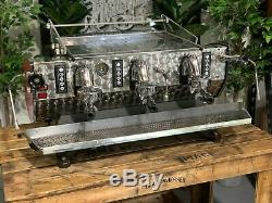 Kees Van Der Westen Mirage Arte Veloce Red 3 Group Espresso Coffee Machine Cafe