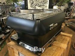 La Marzocco Fb80 3 Group Matte Black Espresso Coffee Machine Restaurant Cafe Cup