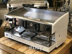Wega Atlas Evd White 3 Group Espresso Coffee Machine Restaurant Cafe Latte Beans