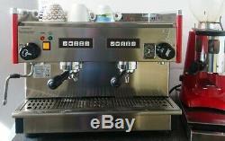 Espresso Café Commercial Machine 2 Groupe Compact Et Grinder Entièrement Équipés