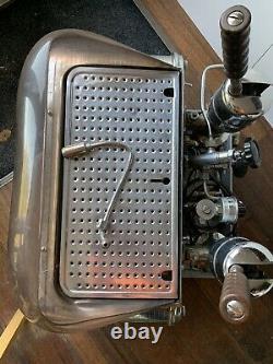 Faema Urania Vintage Espressomachine 1956 2 Groupes Patina