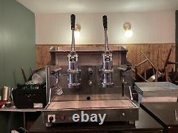 Izzo Pompei Utilisé Espresso Italien 2 Groupe Lever Machine À Café