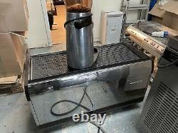 La Cimbali M34 Dt3 3 Groupe Espresso Machine Avec Wi-fi Sur Demande