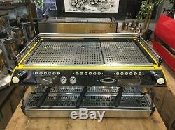 La Marzocco Fb80 3 Groupe Jaune Noir Espresso Machine À Café Café Commercial