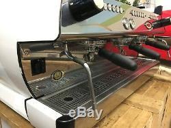 La Marzocco Gb5 3 Groupe Matte White Espresso Machine À Café Café Barista Latte