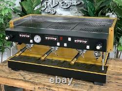 La Marzocco Linea Classic 3 Groupe Black Gold Espresso Coffee Machine Commercial