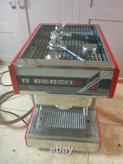 Rouge Nuova Simonelli Personnel 1 Monogroupe Commercial Espresso Machine À Café