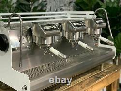 Synesso Sabre 3 Groupe White Espresso Machine À Café W. Pesado Groupe Poignées