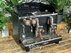 Wega Mininova Classic 2 Groupe Flambant Neuf Black & Timber Espresso Coffee Machine