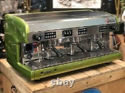 Wega Polaris 3 Aspect Métallique Groupe Vert Espresso Machine À Café De Commerce En Gros